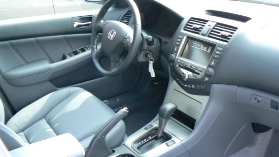 Honda Accord V^ Hybrid interior