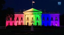 White House w/ gay colors 6-26-2015